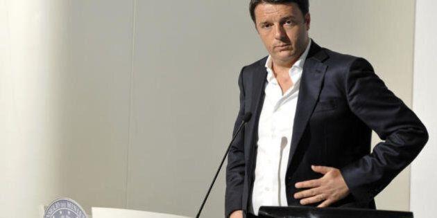 Europee, Matteo Renzi torna a casa per l'ultimo appello al voto: