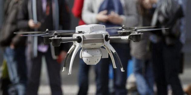 Facebook, dopo Whatsapp Mark Zuckerberg punta sui droni e pensa all'aquisto di Titan
