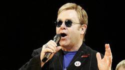Elton John da Mosca: