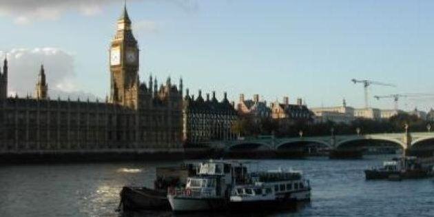 Gli italiani vanno a Londra per ottenere il divorzio più