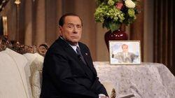 Colpa dei giudici e di Napolitano. Berlusconi esorcizza la sconfitta nel pranzo mesto con i