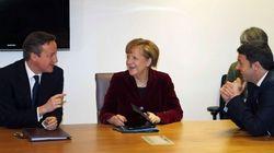 Renzi a colloquio con la Merkel durante il pre-vertice Ue