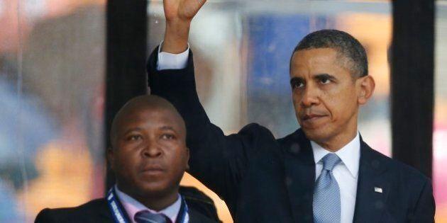 Nelson Mandela, finto interprete del linguaggio dei segni alla cerimonia per Madiba:
