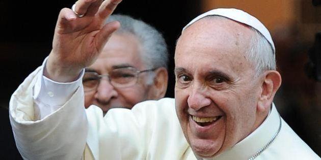 Papa Francesco parla con Bashar Assad per chiedergli di essere più