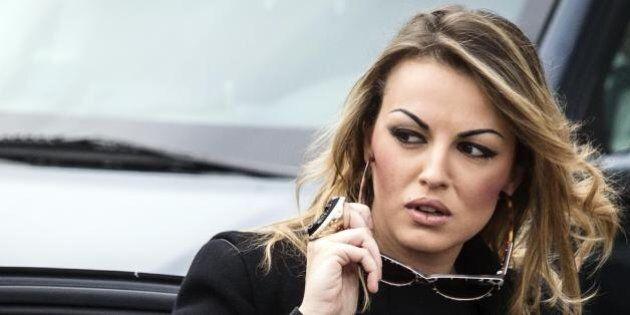 Silvio Berlusconi, 8 marzo difficile. Il Cav stretto tra due fuochi: la Pascale gelosa e le deputate...
