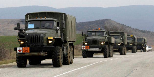 Crisi Ucraina, Russia minaccia di fermare le ispezioni al suo arsenale. Mezzi militari continuano a entrare...