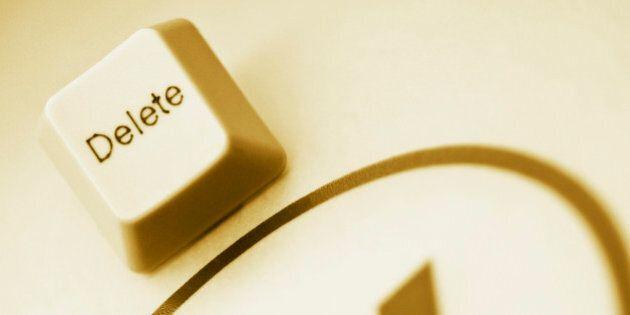 Come cancellarsi da Internet? 9 passi da fare per rendervi invisibili sul web e riconquistare l'anonimato