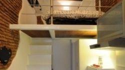 Appartamento in miniatura: a Roma un loft grande meno di 10 metri quadri