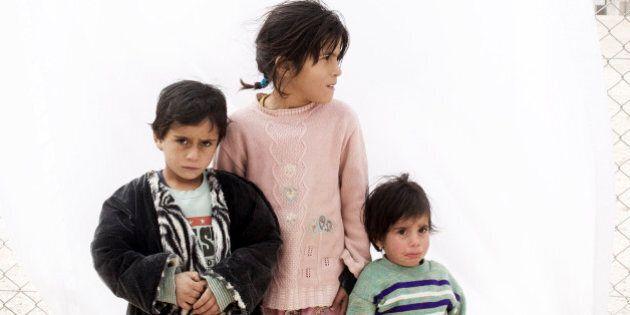 Siria, il rapporto Save the Children: 80.000 bimbi con polio, solo 1 parto su 4 assistito