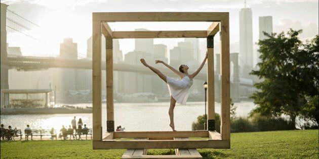 Ballerina Project: in punta di piedi in ogni angolo della città. Il fotoprogetto di Dane Shitagi