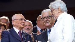Giorgio Napolitano accolto dagli applausi al Festival di Venezia
