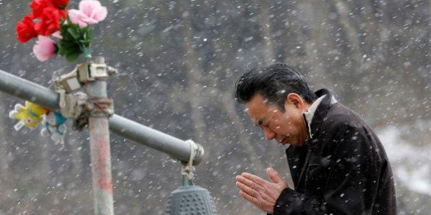 Fukushima, a 3 anni dallo tsunami il Giappone ricorda i suoi 17mila morti. Commemorazioni (e proteste)...