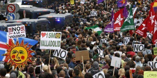 Madrid: indignados ancora in piazza. Scontri con la polizia (FOTO,