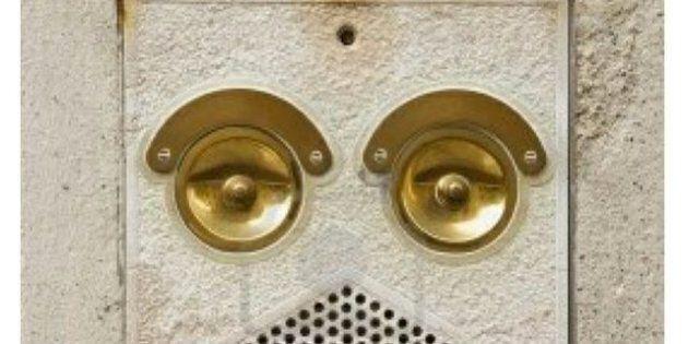 Oggetti a forma di faccia, quando vediamo espressioni negli oggetti della nostra quotidianità