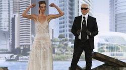 L'alta moda di Chanel sfila tra le rovine di un teatro