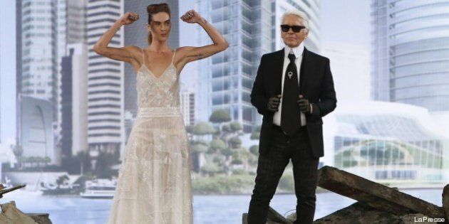 Alta moda Parigi 2013: Chanel sfila tra le macerie di un teatro diroccato. Tra Rihanna e lo spirito di...