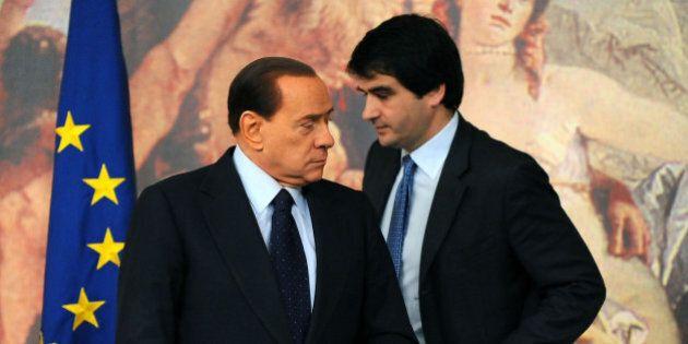 Silvio Berlusconi zittisce Raffaele Fitto: