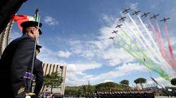 Tornano le Frecce tricolori. Con Renzi la parata del 2 giugno è meno low cost dell'anno