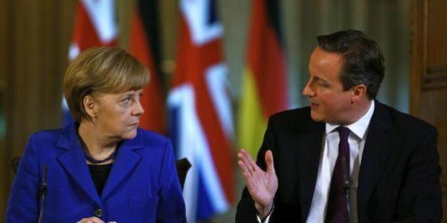 David Cameron minaccia Angela Merkel:
