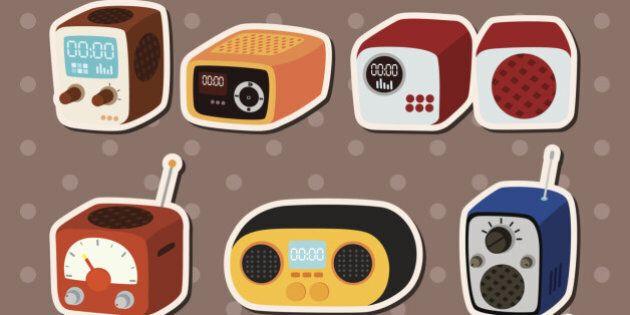 iTunes Radio vs radio tradizionale. La sfida per il mercato musicale è aperta, alla conquista di milioni...