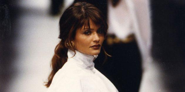 La camicia bianca secondo Gianfranco Ferrè: a Prato la mostra dedicata a un'icona dello stile
