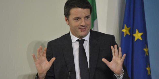 Matteo Renzi sbatte contro i burocrati del Mef. Lo sfogo coi suoi. Poi accetta e posticipa sulle