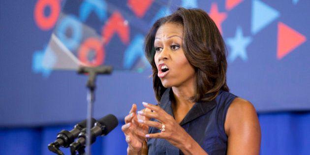 Siria, Michelle Obama contraria all'intervento militare. Barack Obama solo anche in casa (FOTO,
