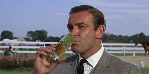 James Bond? L'agente 007 era un alcolizzato. Lo studio di un gruppo di medici inglesi