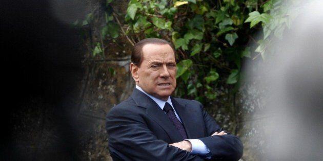 Decadenza di Silvio Berlusconi: il Cavaliere fuori dal Senato entro il 17 ottobre. A meno