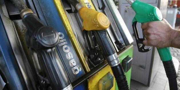 Sanatoria Slot, mancano all'appello 300 milioni. Per coprire la prima rata Imu rischio benzina più cara