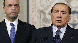 L'esitazione prima della rottura. Berlusconi e Alfano trattano ancora. Il Cav propone lo scambio: