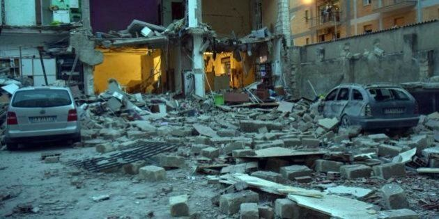 Foggia esplode una palazzina: due morti e quattro feriti, uno è un bambino di 3 anni. I vigili del fuoco:...