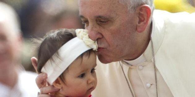 Esce il libro di Papa Francesco: se la politica non è servizio, è