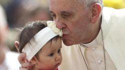 Libro di Papa Francesco: se la politica non è servizio, è