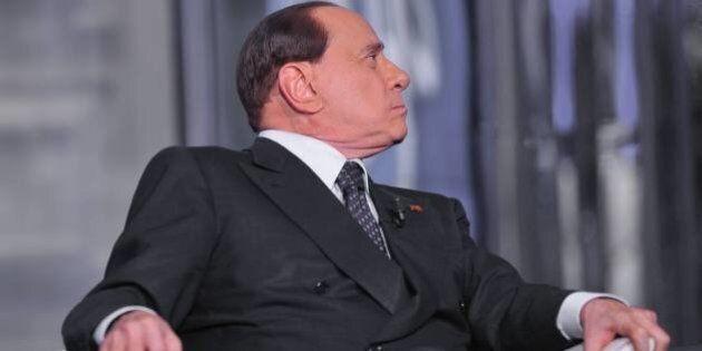 Silvio Berlusconi a Porta a Porta, Denis Verdini telefona nell'intervallo per evitare la rottura. Poi...