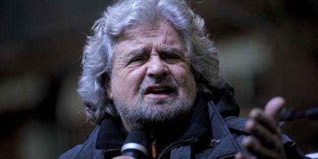 Beppe Grillo risponde a Matteo Renzi: