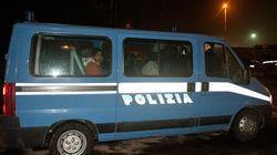 Varese, assalto a un furgone della polizia: evade un