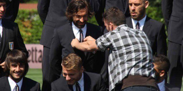 Mondiali 2014, le foto ufficiali della Nazionale: Pirlo, Marchisio, Balotelli in giacca e cravatta