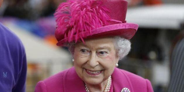 La Regina Elisabetta in Italia: dopo 14 anni torna nel nostro Paese e incontra il Papa e Giorgio Napolitano
