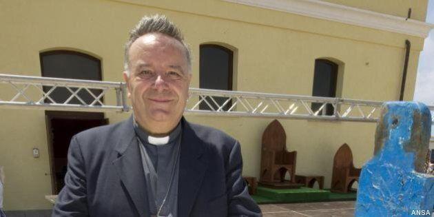 Papa Francesco a Lampedusa, intervista a Monsignor Montenegro che lo accoglie: