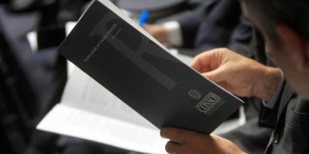 Consob, il governo riporta a cinque i commissari. Maggioranza divisa, Scelta Civica e Ncd