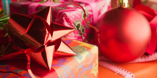 Idee Natale: regali per lui o per lei. Look casual, sportivo, elegante: scegli quello che fa per te