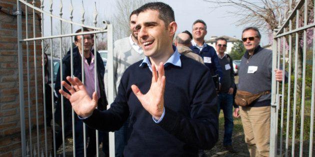 Federico Pizzarotti raduna a Parma i nuovi amministratori. In molti contrari alla linea di Beppe Grillo...