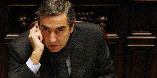 Maurizio Gasparri indagato per peculato. Si sarebbe appropriato di 600 mila euro versati poi per una...
