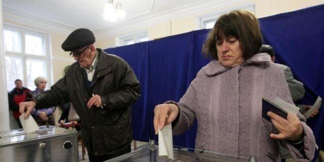 Ucraina, la Crimea decide di annettersi alla Russia: sì al 93%. Casa Bianca e Ue: decisione illegittima