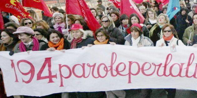 Aborti terapeutici, le donne costrette ad andare all'estero. Troppi medici obiettori in