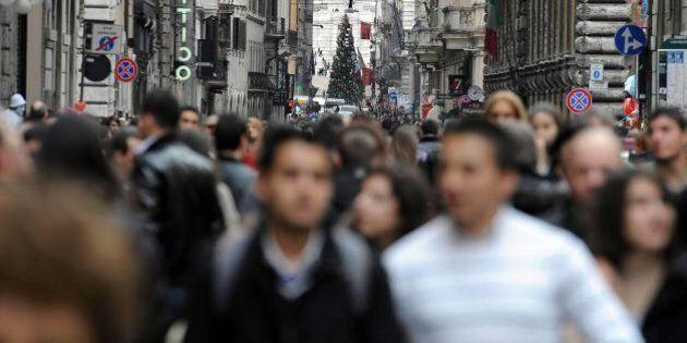 Viaggi, a Natale gli italiani costretti a casa. Secondo Assoviaggi le prenotazioni calano del