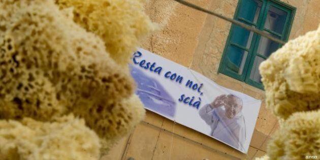 Papa Francesco a Lampedusa: Fiat campagnola e una piccola barca per la visita all'isola