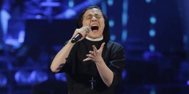 The Voice, finale. Suor Cristina sfida Giorgia Pino, Tommaso Pini e Giacomo Voli e dice: