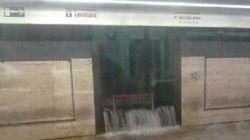 Metro Termini chiusa per pioggia. Un nubifragio e Roma piomba nel